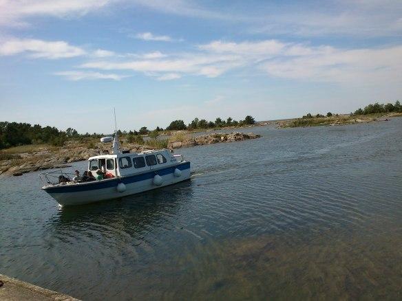 Boat to Örskär